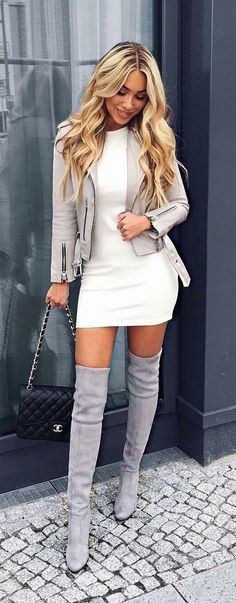 40 Lovely Winter Outfit Ideas - We Should Do This