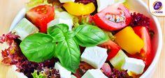 ¡Que rica una ensalada con variedad de colores y sabores!