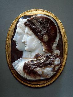 Cameo. Twin portrait of Ptolemy II Philadelphos and Arsinoe II (Gonzaga Cameo) 3rd century BC