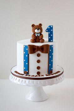 First Birthday Cake von Dimis Sweet Art - Kuchen & Tortendekoration ~ . Birthday Cake Kids Boys, Baby Birthday Cakes, Cupcake Birthday Cake, Birthday Cake Decorating, Birthday Cake Designs, Blue Birthday, Cupcake Cakes, Baby Shower Cakes For Boys, Baby Boy Cakes