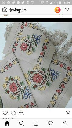 Border Embroidery Designs, Cross Stitch Embroidery, Hand Embroidery, Cross Stitch Borders, Tapestry Crochet, Bargello, Kids And Parenting, Blackwork, Floral Tie