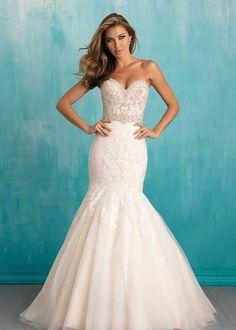 Wedding Dress Pictures, 2016 Wedding Dresses, Wedding Dress Styles, Bridal Dresses, Wedding Gowns, Bridesmaid Dresses, Lace Wedding, Rhinestone Wedding, Dress Prom