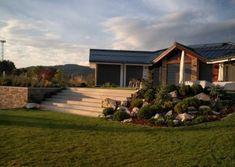 Galéria | Záhradníctvo Garden Team Gardening, Cabin, House Styles, Home Decor, Decoration Home, Room Decor, Lawn And Garden, Cabins, Cottage