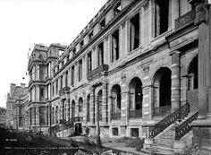 Palais des Tuileries Vintage Pictures, Old Pictures, Paris France, Palais Des Tuileries, Louvre Paris, Old Paris, French History, Across The Universe, Paris Photos