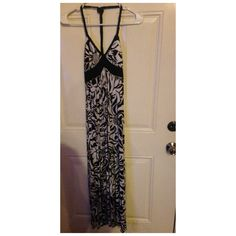 halter Maxi dress size small halter Maxi dress worn twice. I should mention that I typically wear a medium but this small fits very well Dresses Maxi