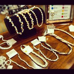 Perlas. Perolas. Colares