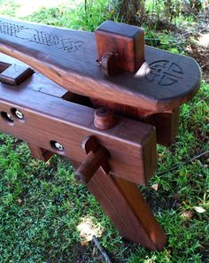 Wood Projects, Woodworking Projects, Wood Carving Tools, Archery, Outdoor Furniture, Outdoor Decor, Shaving, Primitive, Recycling