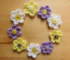 Easy Little Knitted Flowers - Free Pattern (K)Simple stylish knitting & crochet patterns from a popular independent designer.Marianna's Small Knitted Summer Flowers These pretty little flowers are so quick and easy to knit. They make a great addition to a Baby Knitting Patterns, Baby Cardigan Knitting Pattern Free, Easy Knitting, Crochet Patterns, Summer Knitting, Charity Knitting, Finger Knitting, Knitted Flowers Free, Knitted Flower Pattern