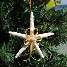 Starfish Ornaments With Gold Ribbon