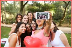 Bachelorette Parties may be quite fun however yet really taxing to plan. If you are actually seeking exactly how to organize a bachelorette event on a budget Bachelorette Party Planning, Bachlorette Party, Party Pictures, Party Photos, Book 15 Anos, Divas, Party Photography, Super Party, Party Entertainment