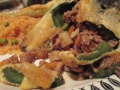 Recipe: Chile Rellenos (stuffed poblano peppers) de picadillo y queso Easy Chile Relleno Recipe, Mexican Food Recipes, Ethnic Recipes, Stuffed Poblano Peppers, Queso, Spicy, Tacos, Meals, Chicken
