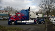 Seen this Amazing Truck at McCoys freightliner in Portland Oregon. Transformers Cars, Big Rig Trucks, Optimus Prime, Portland Oregon, Rigs, Blue And White, Amazing, Autos, Wedges
