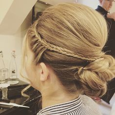 Wedding guest Hair - also suitable for bride and bridesmaids. braided curly bun with lots of volume.