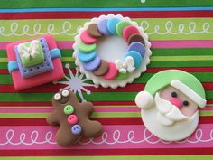 Christmas Cupcake Toppers by Lynlee's Petite Cakes, via Flickr