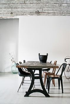 STIL INSPIRATION: Concrete + Industial loft interior | Inspirational styling by Renee Arns