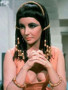 #Liz #Cleopatra