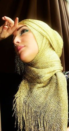 I need to start experimenting with my hijab styles ;)