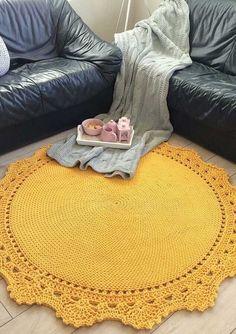 Small Carpet Ideas - - - - Carpet Colors Page Diy Crochet Rug, Crochet Carpet, Crochet Home Decor, Crochet Round, Crochet Stitches, Crochet Patterns, Fur Carpet, Pink Carpet, Carpet Colors