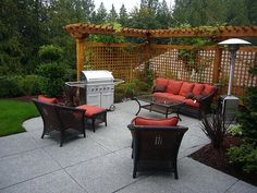 Perfect for back cinderblock wall. Trellis Pergola privacy screen. Good for an entertaining are too.