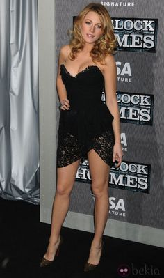 Blake Lively in Dolce & Gabbana Beautiful Legs, Gorgeous Women, Sexy Outfits, Sexy Dresses, Black Lively, Jenifer Aniston, Blake Lively Style, Sexy Legs And Heels, Beautiful Celebrities