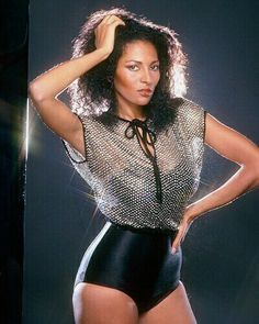 Pam Grier - the Fashion Spot