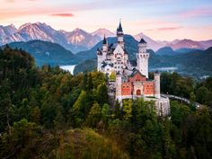 The most beautiful castles in Germany: Neuschwanstein Castle, Bavaria Beautiful Castles, Beautiful Places, The Places Youll Go, Places To See, Sleeping Beauty Castle, Germany Castles, Neuschwanstein Castle, Fairytale Castle, Bavaria Germany