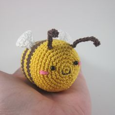 Make a Cute Crocheted Bee - DIY Crafts - Guidecentral. Guidecentral is a fun and visual way to discover DIY ideas, learn new skills, meet amazing people who share your passions and even upload your own DIY guides. We provide a space for makers to share Crochet Giraffe Pattern, Crochet Bee, Crochet Toys, Crafts For Teens, Crafts To Sell, Diy And Crafts, Arts And Crafts, Free Printable Flash Cards, Art Articles