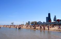 Chicago's beautiful Lake Michigan is home to a bounty of beaches & our favorite is North Avenue Beach! This Gold Coast beach is one of summer's most popular hotspots & perfect for people watching. Don't forget to try beachside bar Castaway's for some al fresco dining!