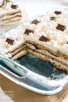 My version of s'mores icebox cake contains layers of graham crackers, marshmallow whipped cream and milk chocolate ganache. Easy Summer Desserts, Desserts To Make, Holiday Desserts, Delicious Desserts, Yummy Food, Layered Desserts, Baking Desserts, Ice Cream Desserts, Sugar Free Desserts