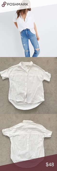 Madewell. Courier Shirt. White. Excellent condition!  🚫 no trades ✖️ no holds 🔵 offers considered through the offer button ♻️ if it's listed, it's available Madewell Tops Button Down Shirts
