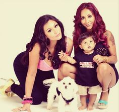 Our favorite -- pregnant -- Jersey Shore girls are coming back for a new season!