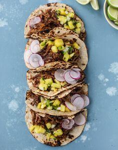 slow cooker barbacoa beef tacos I howsweeteats.com