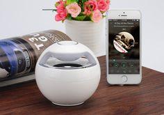 """rogeriodemetrio.com: Portable Bluetooth Speaker """"Snowball"""""""
