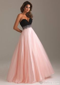Various styles of long prom dresses, long evening gowns and formal dresses are here for you to select. Long prom dresses will have you looking elegant. Ball Gowns Evening, Ball Gowns Prom, Ball Dresses, Evening Dresses, Party Dresses, Dresses Dresses, Occasion Dresses, Dinner Dresses, Fashion Dresses