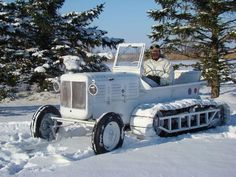 1944 M7 Allis Chalmers Snow Tractor