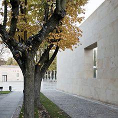Gallery of Zamora Offices / Alberto Campo Baeza - 18