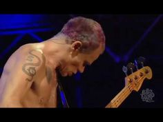 Red Hot Chili Peppers-Parallel Universe (Lollapalooza 2016) - YouTube