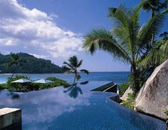 I would love to have an infinity pool and be in one right now...