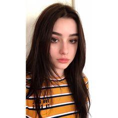 @fashionsnap Follow me !!👑 Cute Young Girl, Cute Girl Pic, Most Beautiful Faces, Beautiful Girl Image, Photos Du, Girl Photos, Plain Girl, Fake Girls, Selfie Poses