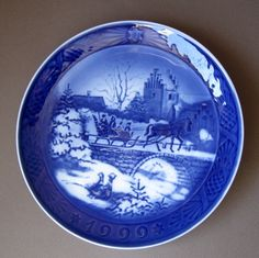 Royal copenhagen, Christmas plates and Copenhagen on Pinterest