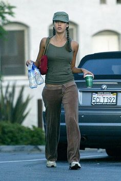 Jaime Pressly Is The First Celebrity We Ve Spotted In The