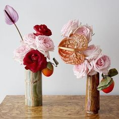 The centre of attention: anthurium. My Flower, Flower Art, Flower Power, Beautiful Flowers, Ikebana, Bloom Baby, Calla, Arte Floral, Floral Arrangements