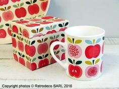 Mug vintage apple, idée cadeau, Rex International