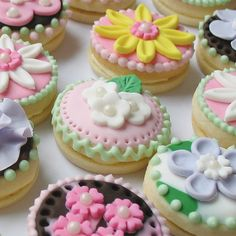 Petite cookie sandwiches- almost too pretty to eat!