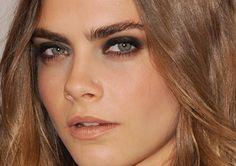 Cara Delevingne's metallic smoky eyes