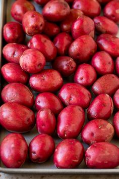These roasted red potatoes are coated in garlic, herbs and parmesan cheese, then oven baked to golden brown perfection. Roasted Potatoes And Onions, Perfect Roast Potatoes, Types Of Potatoes, Baby Red Potatoes, Potato Side Dishes, Veggie Side Dishes, Vegetable Sides, Side Dishes Easy, Vegetable Recipes