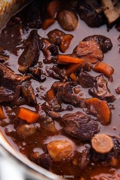 Gulasz jagnięcy Pot Roast, Lamb, Beef, Ethnic Recipes, Food, Carne Asada, Meals, Yemek, Baby Lamb