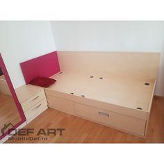 Pat tineret Toddler Bed, Furniture, Home Decor, Homemade Home Decor, Home Furnishings, Decoration Home, Arredamento, Interior Decorating