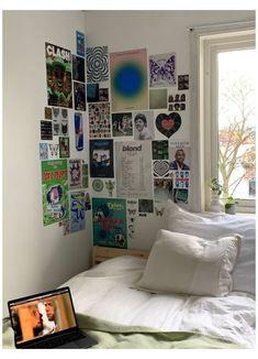 Indie Room Decor, Aesthetic Room Decor, My New Room, My Room, Girl Room, Room Ideas Bedroom, Bedroom Decor, Bedroom Inspo, Small Room Bedroom