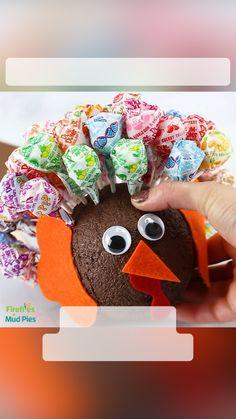 Cheap Thanksgiving Decorations, Thanksgiving Preschool, Thanksgiving Crafts For Kids, Thanksgiving Centerpieces, Fall Crafts, Kids Christmas, Art Activities For Kids, Christmas Activities, Halloween Kids